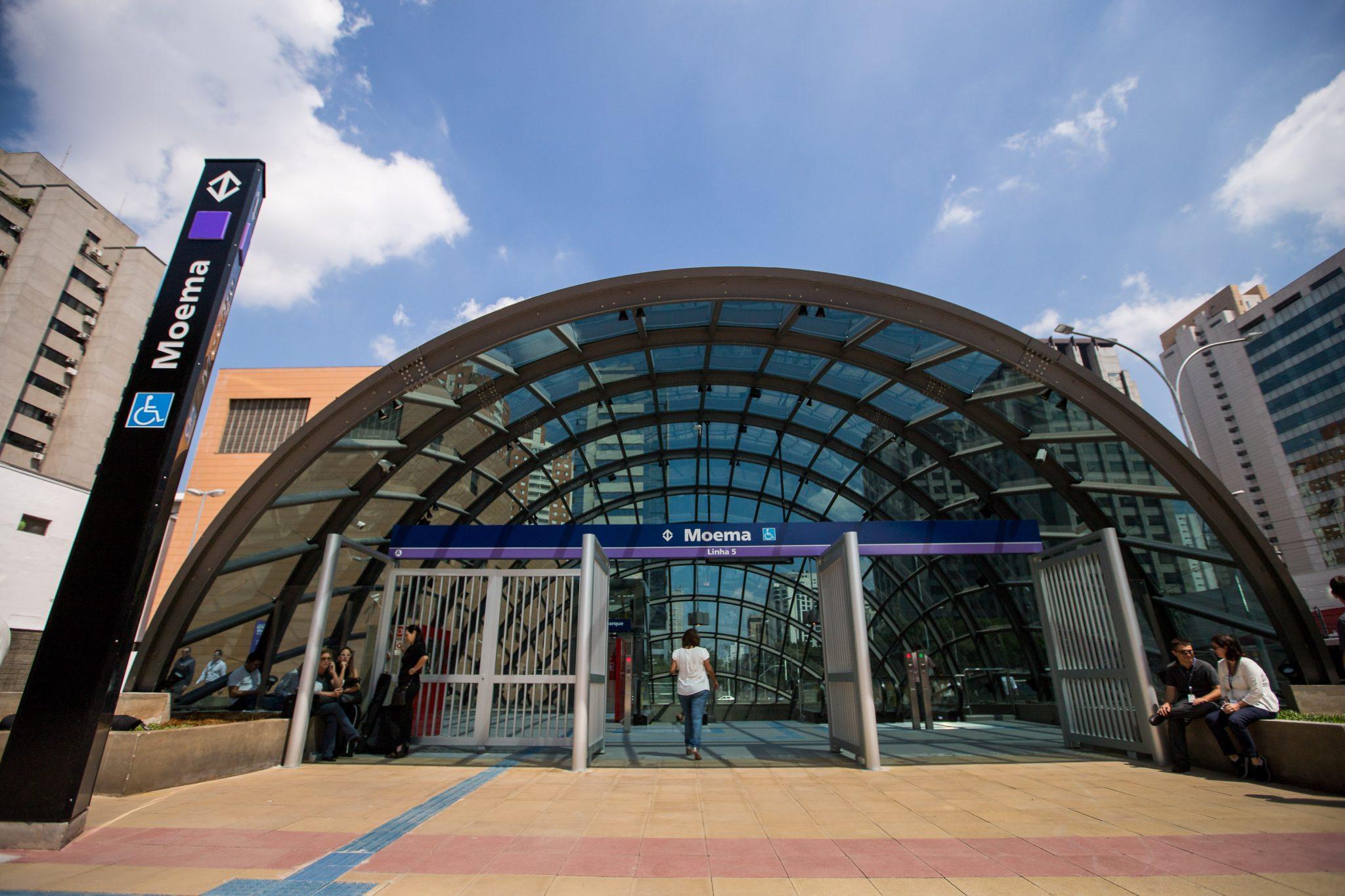 O Governador do estado de São Paulo, Geraldo Alckmin, a estação Moema, da Linha 5–Lilás do Metrô. Com mais um quilômetro de trilhos, a chamada 'Linha da Saúde' passará a contar com 16,2 km de extensão e 12 paradas, desde o Capão Redondo. A rede metroviária de São Paulo terá agora 84,3 quilômetros e 75 estações. Data: 05/04/2018 Local: Itapeva/SP Foto: Governo do Estado de São Paulo